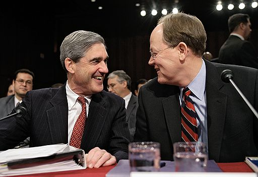 FBI Director Robert Mueller (L) and National Intelligence Director Mike McConnell (R) attend U.S. Senate hearings, Washington February 5, 2008.